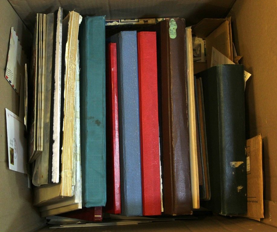 Bidspirit Ishtar Large Lot Of Stamp Albums