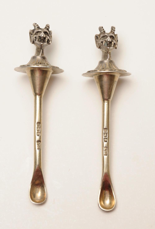 Bidspirit auction | Tow English silver coke spoon